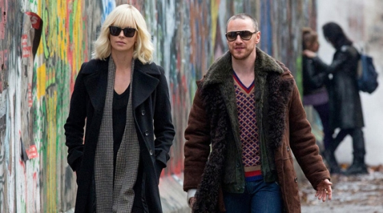 james-mcavoy-and-charlize-theron-in-atomic-blonde-1012326